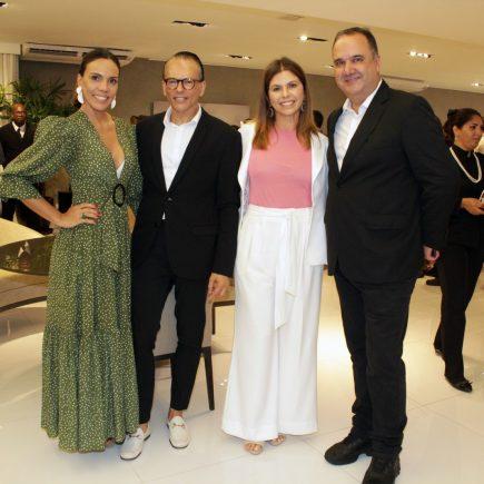 Rafael Zulu prestigia Artefacto em noite com moda e música para as novas vitrines da loja