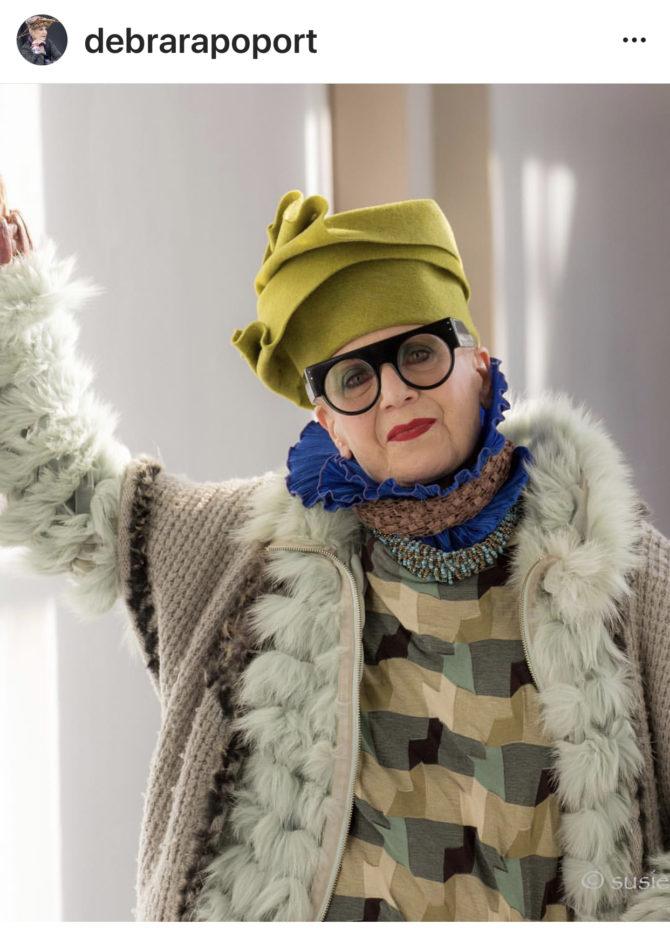 Estrela do streetstyle aos 72 anos e designer de chapéus e610619c690