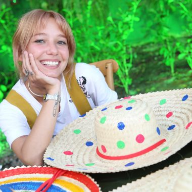Coletivo Carandaí 25 arma Carnaval em pleno Jardim Botânico