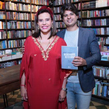 """Lançamento livro """"Por uma negatividade necessária: trauma, repetição e pulsão de morte"""", de Marianna Tamborindeguy e Monah Winograd na Travessa de Ipanema"""