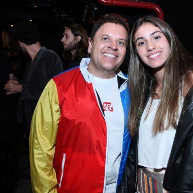 """MARIA BETHÂNIA FAZ PRÉ-ESTREIA DO NOVO SHOW """"CLAROS BREUS""""  NO CLUBE MANOUCHE"""