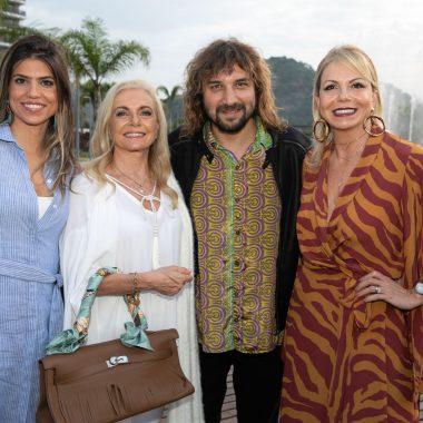 Happy hour de celebraçåo do Ilha Pura, um empreendimento da Carvalho Hosken
