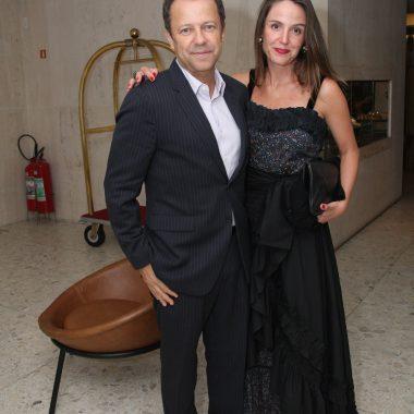 Espaço Sala Charles no Emiliano Rio abre com Show dos Gilsons- Copacabana