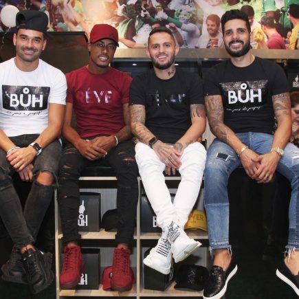Inauguração da nova franquia do vestiário BŮH no Barra Shopping conta com a presença de vários famosos, dentre eles, jogadores e artistas