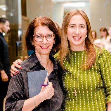 Carla Amorim lança coleções Poema e Sagrado
