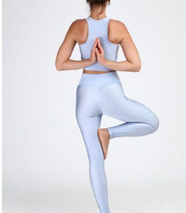 Ficar zen entrou na moda: C&A lança coleção-cápsula dedicada a prática de yoga e firma parceria com Desinchá