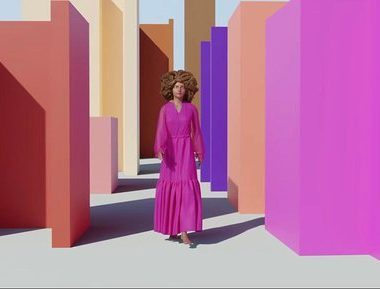 Dona Santa apresenta desfile 3D com Vogue Brasil