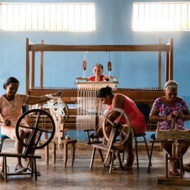 Artesol trabalha a inclusão digital com 300 grupos de artesãos do Brasil