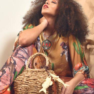 O Alto Verão do Marketplace do Visão da Moda vem com peças ricas em estampas tropicais, texturas e materiais naturais