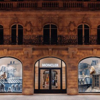 Moncler abre Flagship nos Champs Elysées