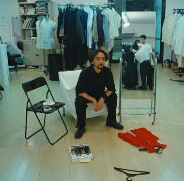 Yohji Yamamoto é tema de documentário histórico na MUBI