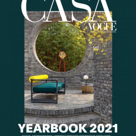 Casa Vogue reúne referências de arquitetura e decoração no Yearbook 2021