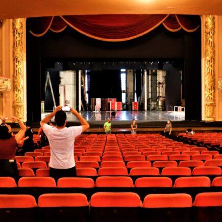 Tour Virtual em 3D e Visitas Guiadas no Theatro Municipal Palco Livre